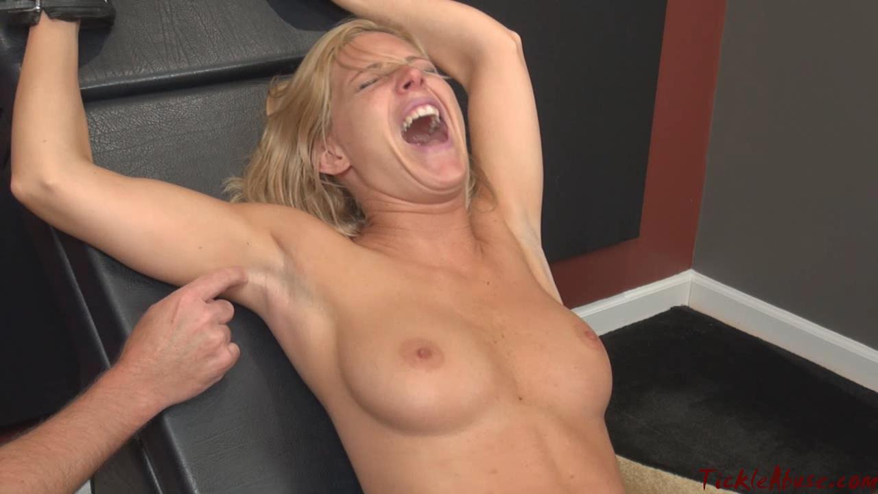 Fille nude tickle videos now