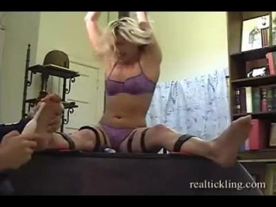 Realtickling - Tc5317RealTickling