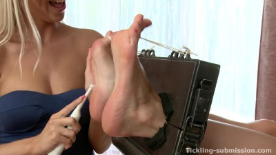 Tickling-Submission - First foot tickling to MaryjanaTickledFeet