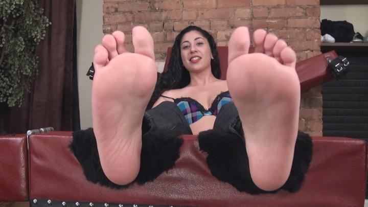 Feet tickling sites