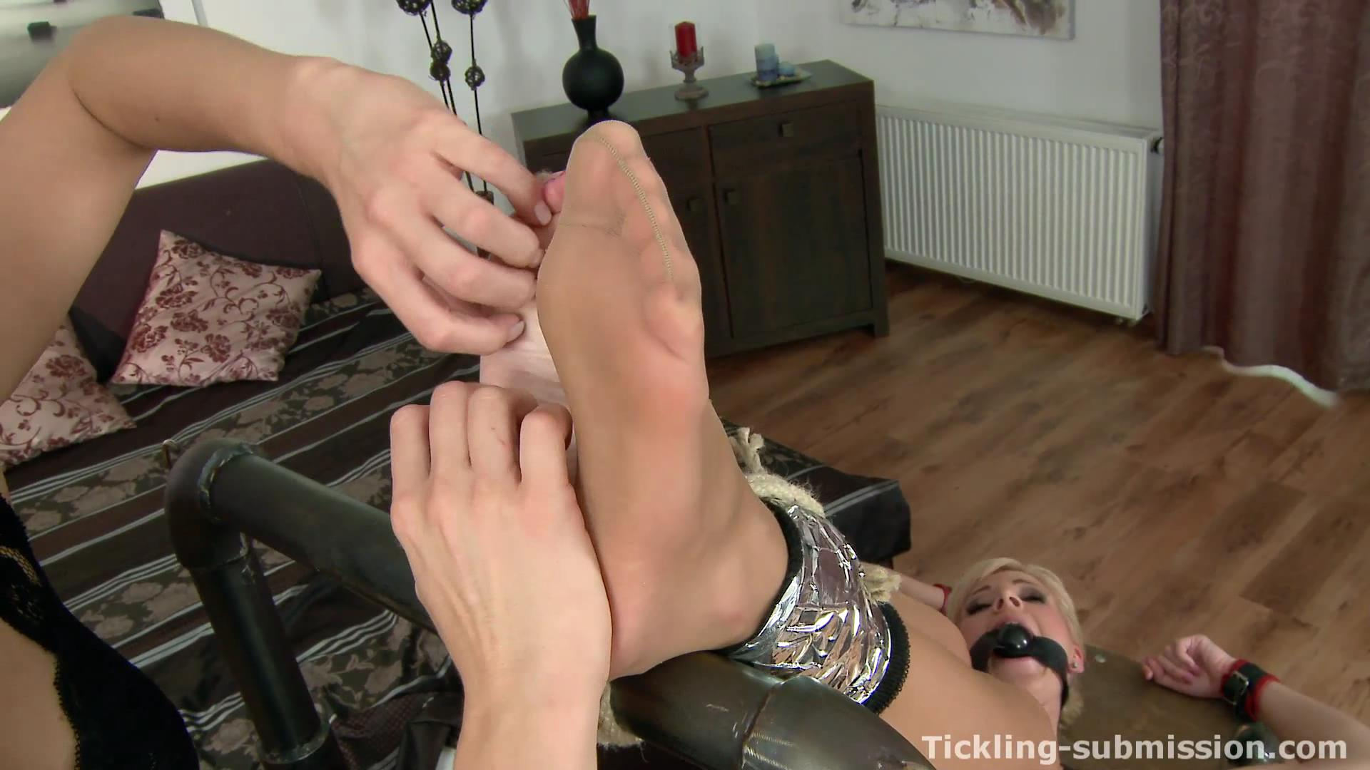 clips of foot tickling asian sex hd